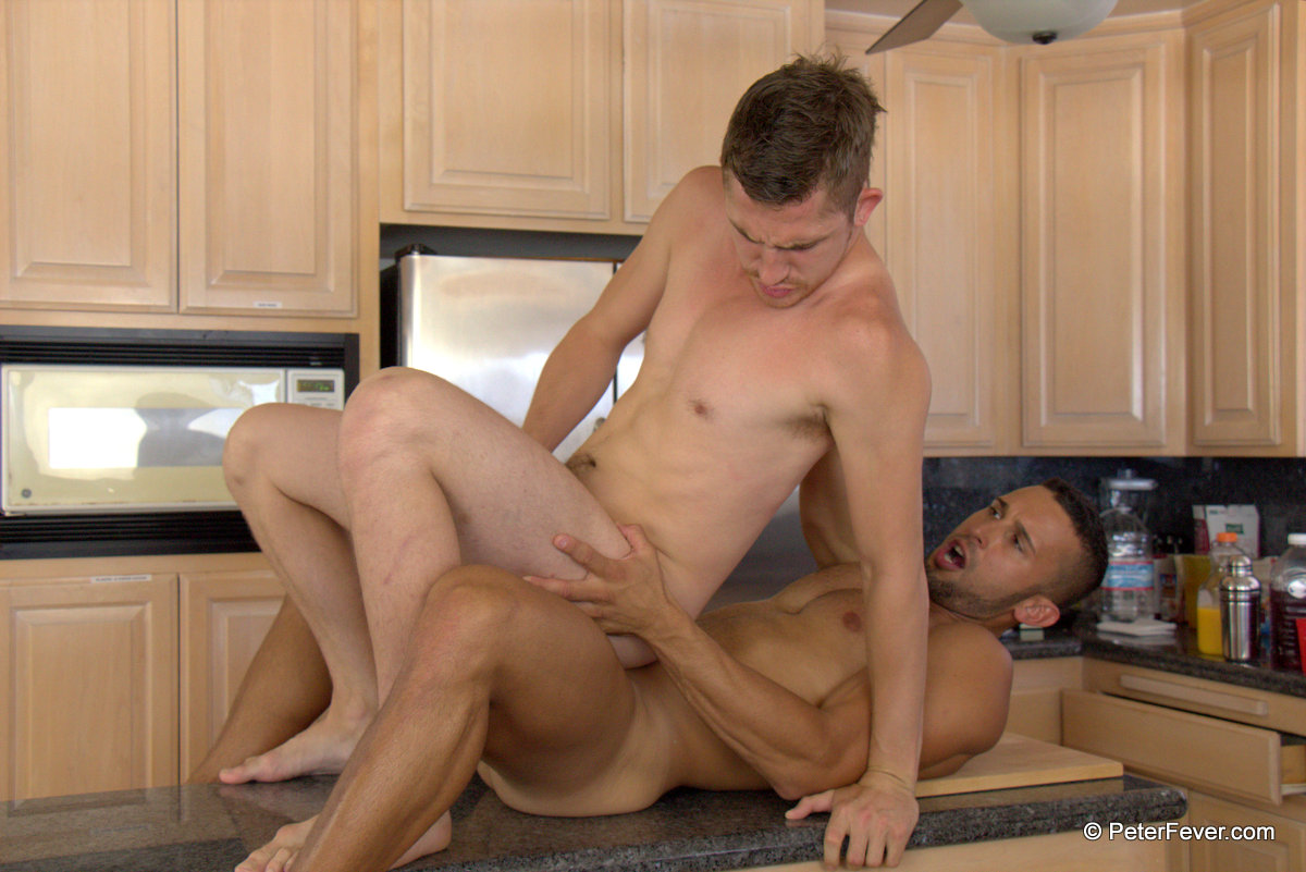 These Guys Are Horny In The Kitchen