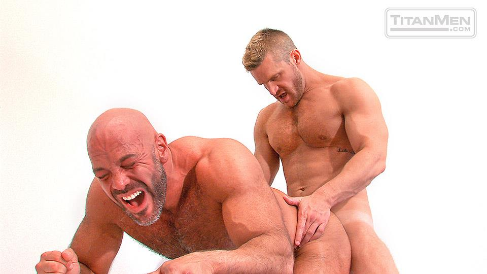 TitanMen-Pounded-Jesse-Jackman-and-Landon-Conrad-Hairy-Muscle-Daddy-Gets-Fucked-In-The-Ass-Amateur-Gay-Porn-14 Blue Collar Hairy Muscle Daddy Opens Up His Ass For His Co-Worker