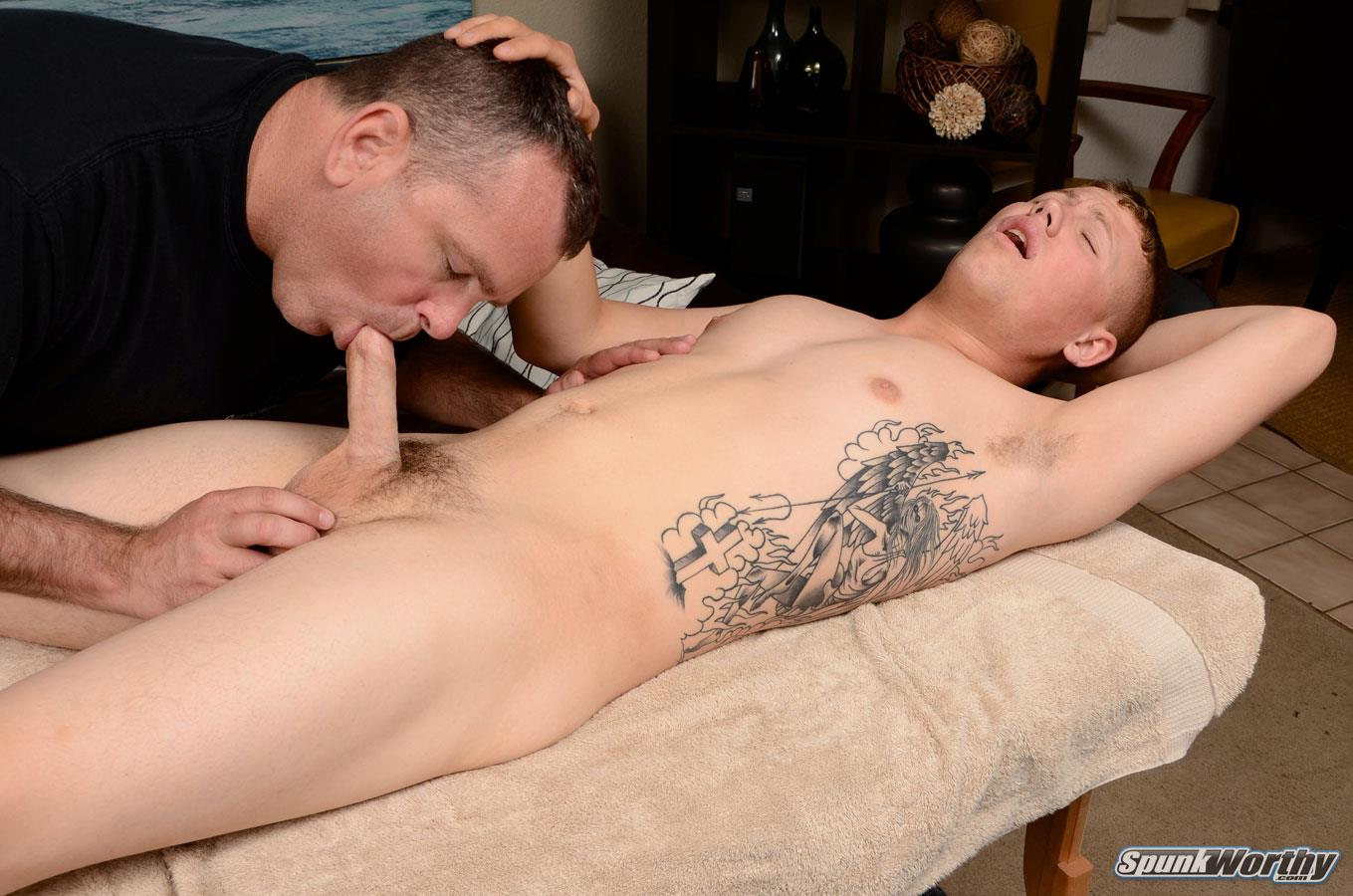Spunk-Worthy-Sean-Straight-Marine-Getting-Massage-With-Happy-Ending-Amateur-Gay-Porn-13 Straight Marine Gets A Massage With Happy Ending From A Guy