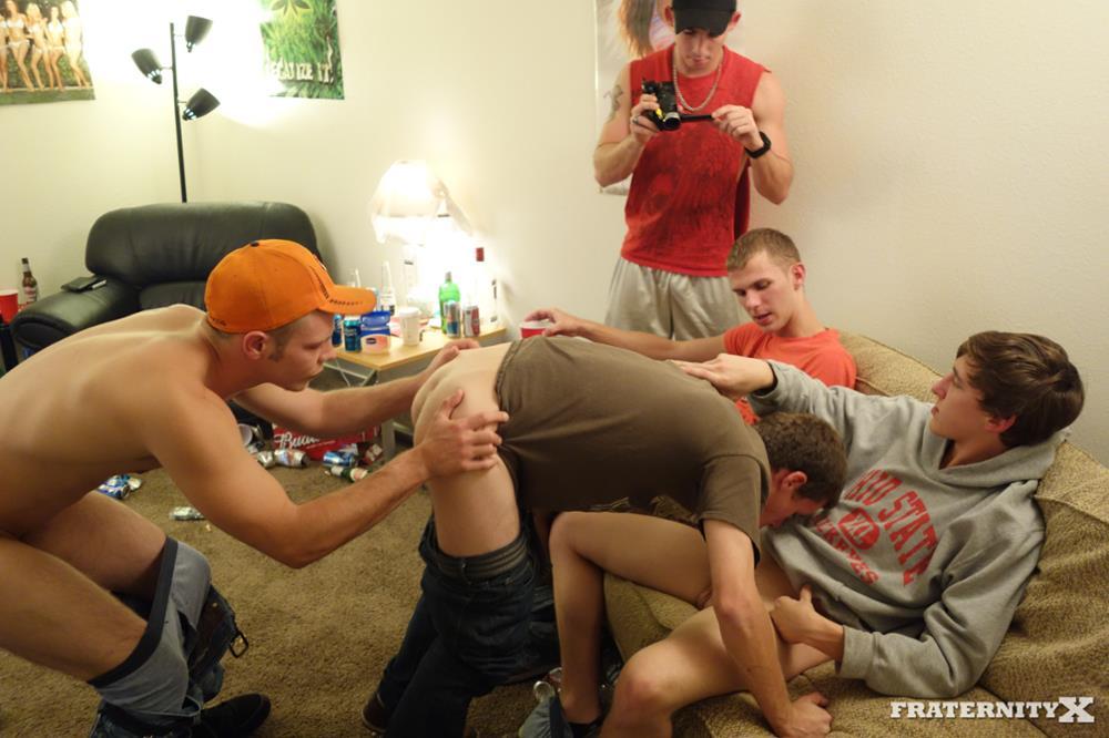 Fraternity-X-Chris-Frat-Guys-Barebacking-and-Eating-Cum-Amateur-Gay-Porn-05 Frat Guys Barebacking The Frat Slut And Feeding Him Cum
