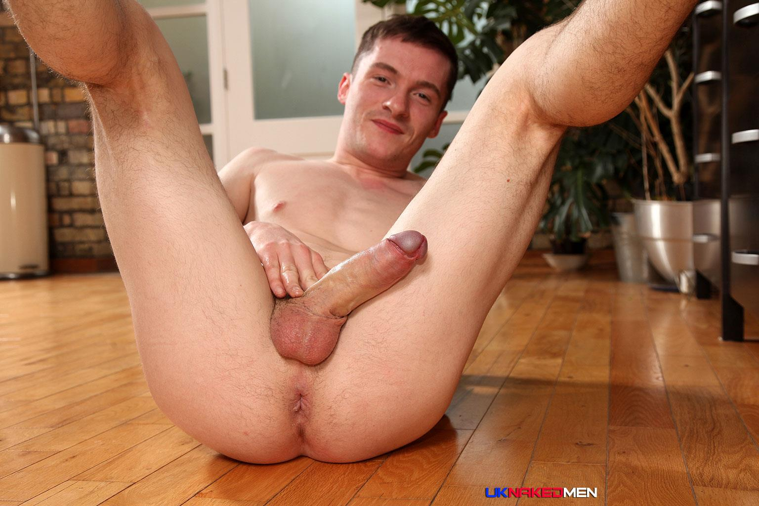 uk-naked-men-daniel-james-young-british-guy-jerking-his-big-uncut