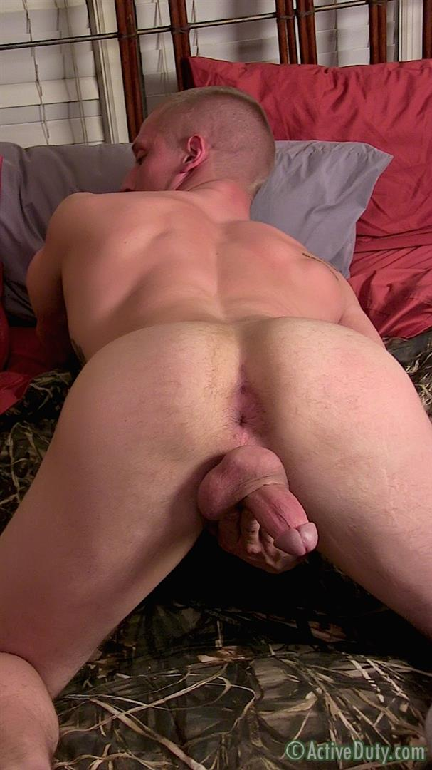 Active Duty Muscle Bi Sexual Niko US Army Soldier Jerking His Big Cock Amateur Gay Porn 15 Amateur 23 Year Old US Army Hunk Jerks His Thick Cock