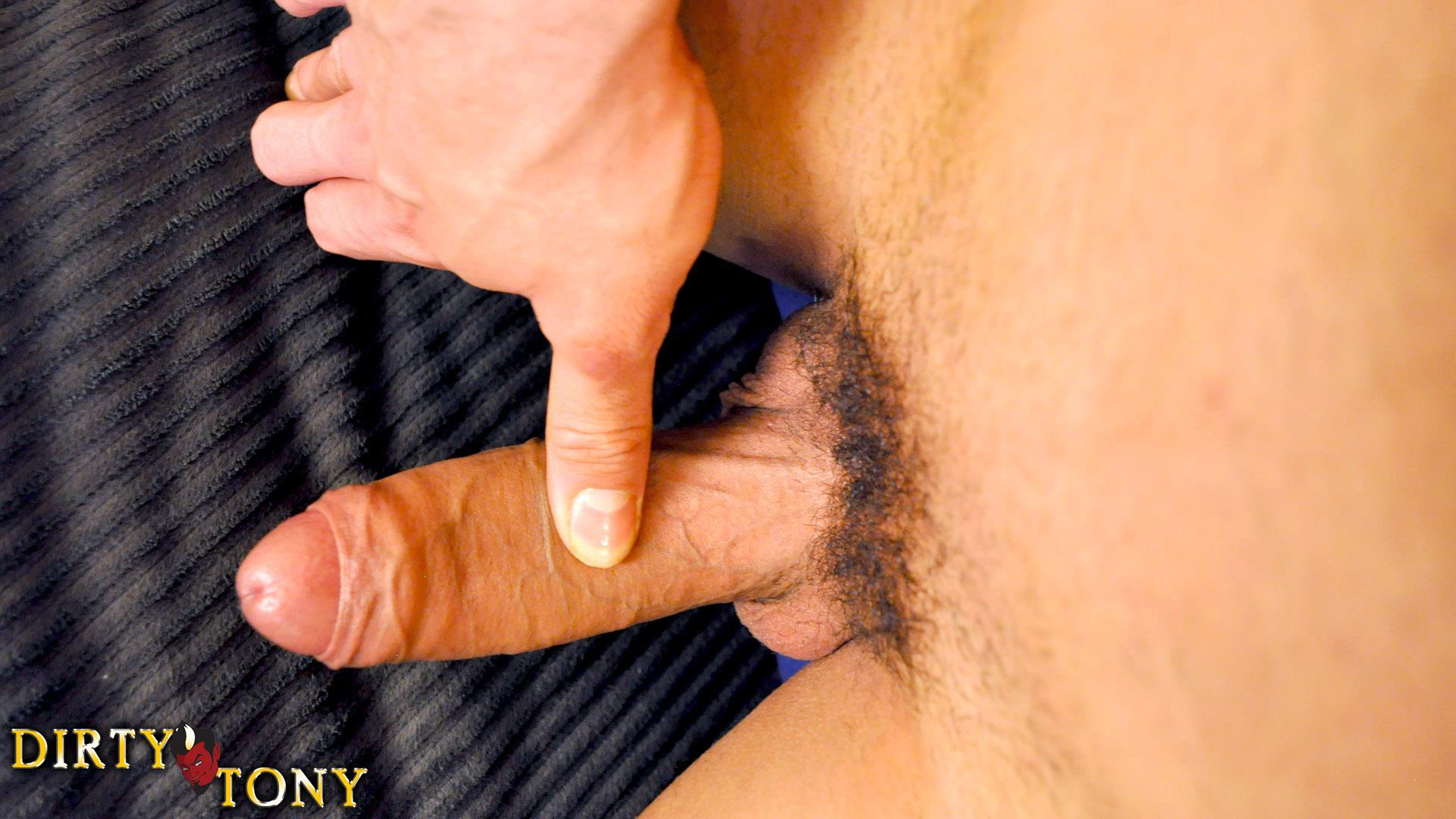 Dirty-Tony-LIAM-SANTIAGO-Straight-Muscle-Latino-Jerking-Off-Big-Uncut-Cock-Amateur-Gay-Porn-08 Straight Hairy Muscle Latino Auditions For Gay Porn With A Big Uncut Cock