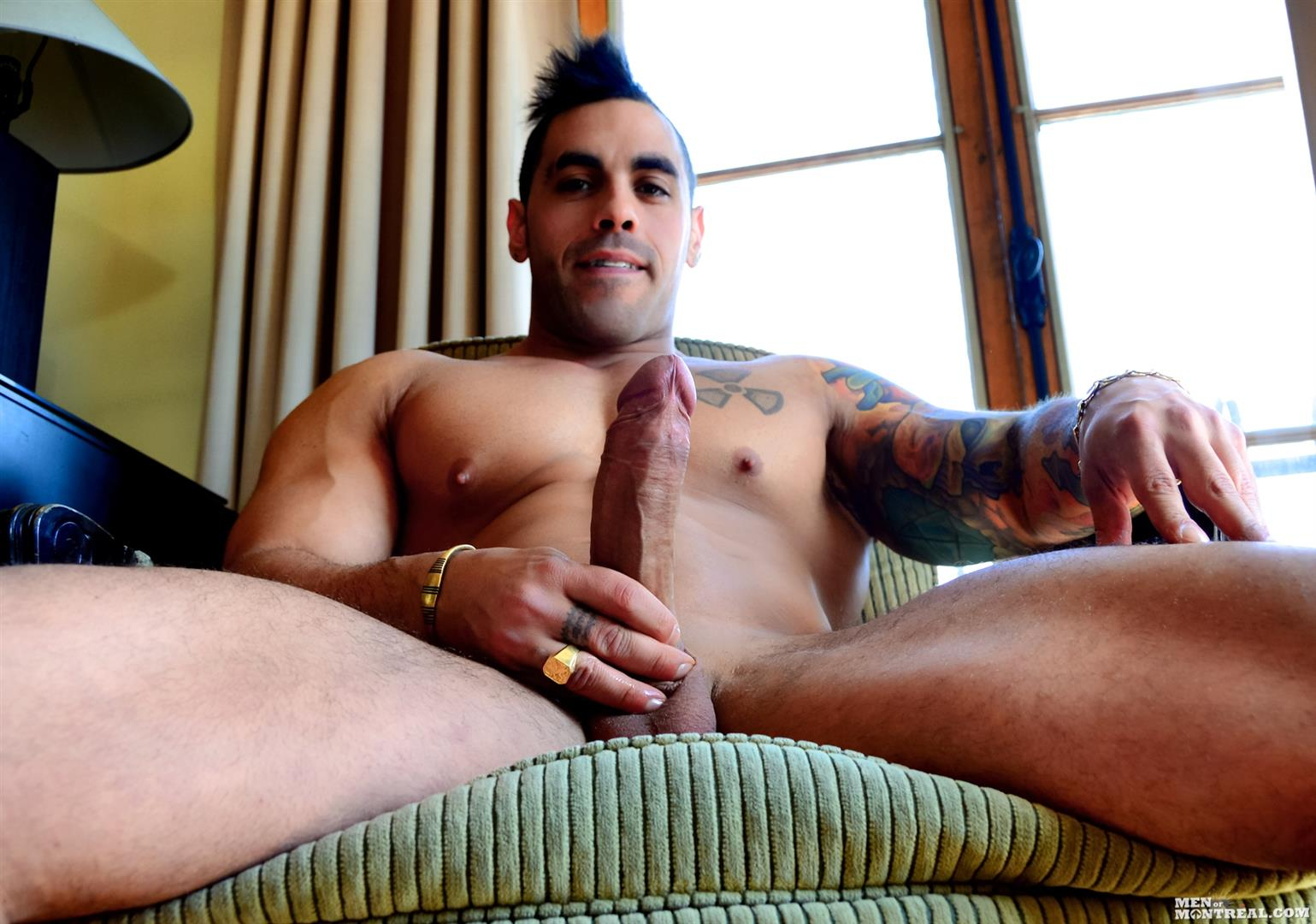 Men-of-Montreal-Emilio-Calabria-Italian-Hunk-With-A-Big-Thick-Uncut-Cock-Amateur-Gay-Porn-08 Beefy Italian Body Guard Stroking His Big Thick Uncut Cock