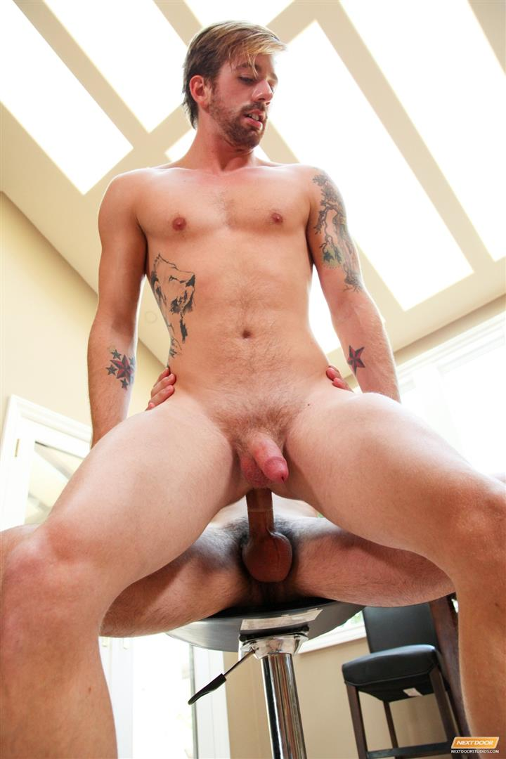 Next-Door-Buddy-Andrew-Fitch-and-Sean-Blue-Military-Army-Guy-With-A-Big-Cock-Fucking-Amateur-Gay-Porn-09 Hung Army Guy Returning From Duty Fucking His Buddy Hard
