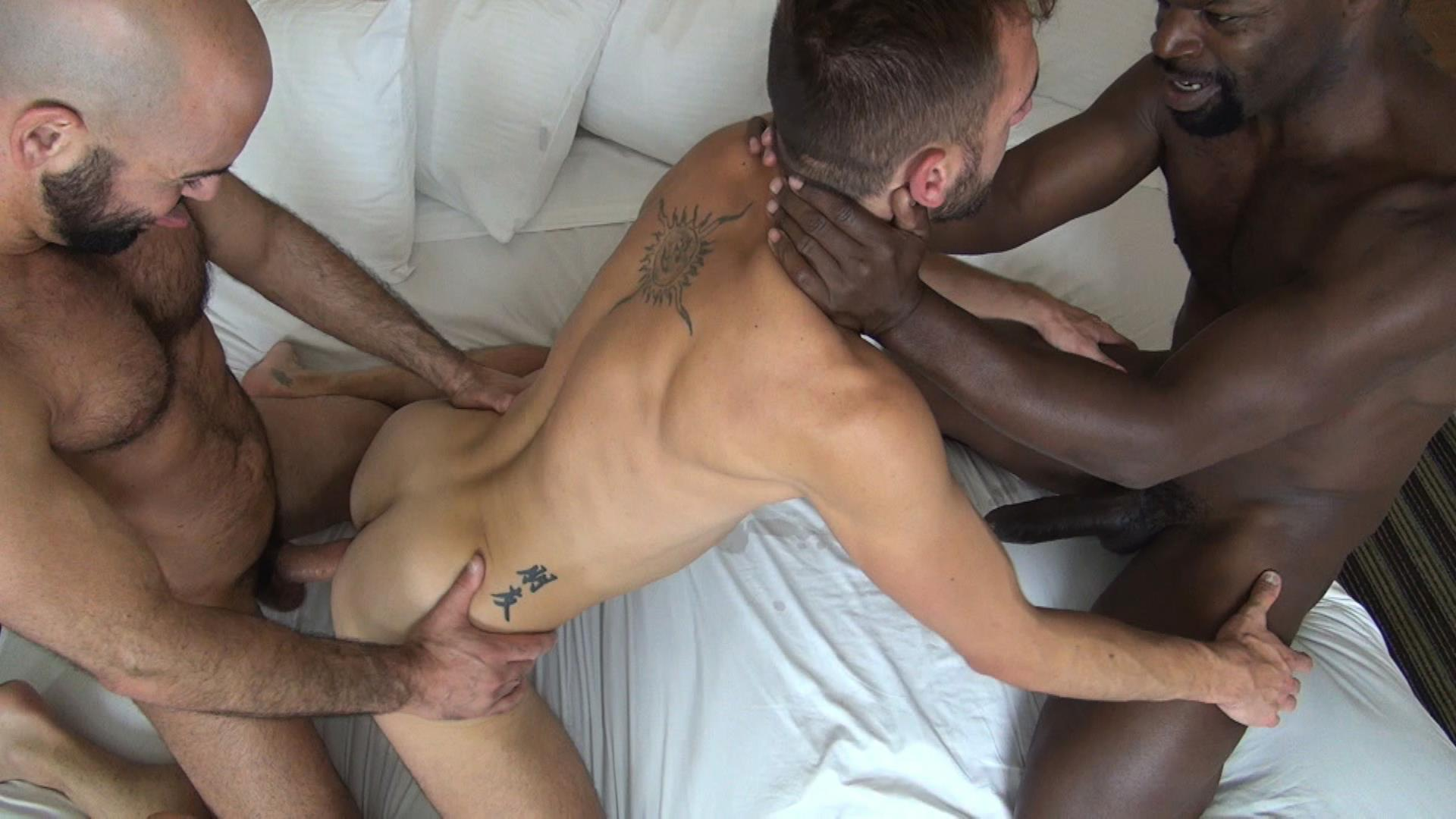 gay tube straight deflowered creampie