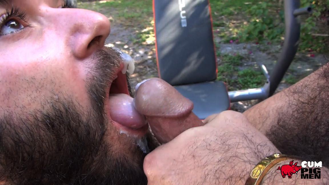 Cock Hungry Gay Hunk Sucks