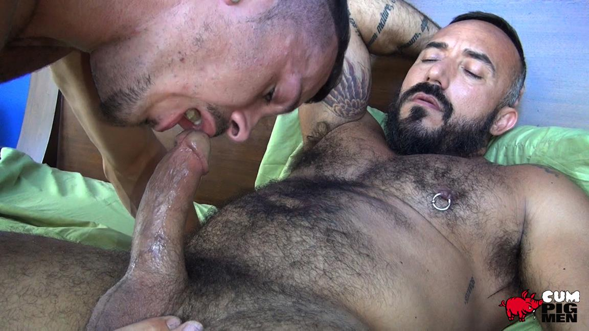 Cum-Pig-Men-Jimmie-Slater-and-Alessio-Romero-Hairy-Muscle-Daddy-Getting-Blow-Job-Amateur-Gay-Porn-15 Jimmie Slater Sucks A Load Of Cum Out Of Hairy Muscle Daddy Alessio Romero