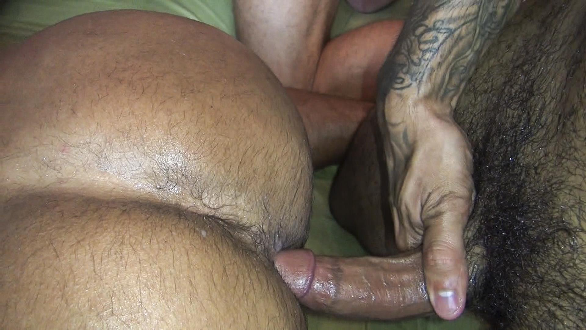 Raw-Fuck-Club-Vic-Rocco-and-Rikk-York-and-Billy-Warren-and-Job-Galt-Bareback-Daddy-Amateur-Gay-Porn-04 Four Hairy Muscle Daddies In A Bareback Fuck Fest Orgy