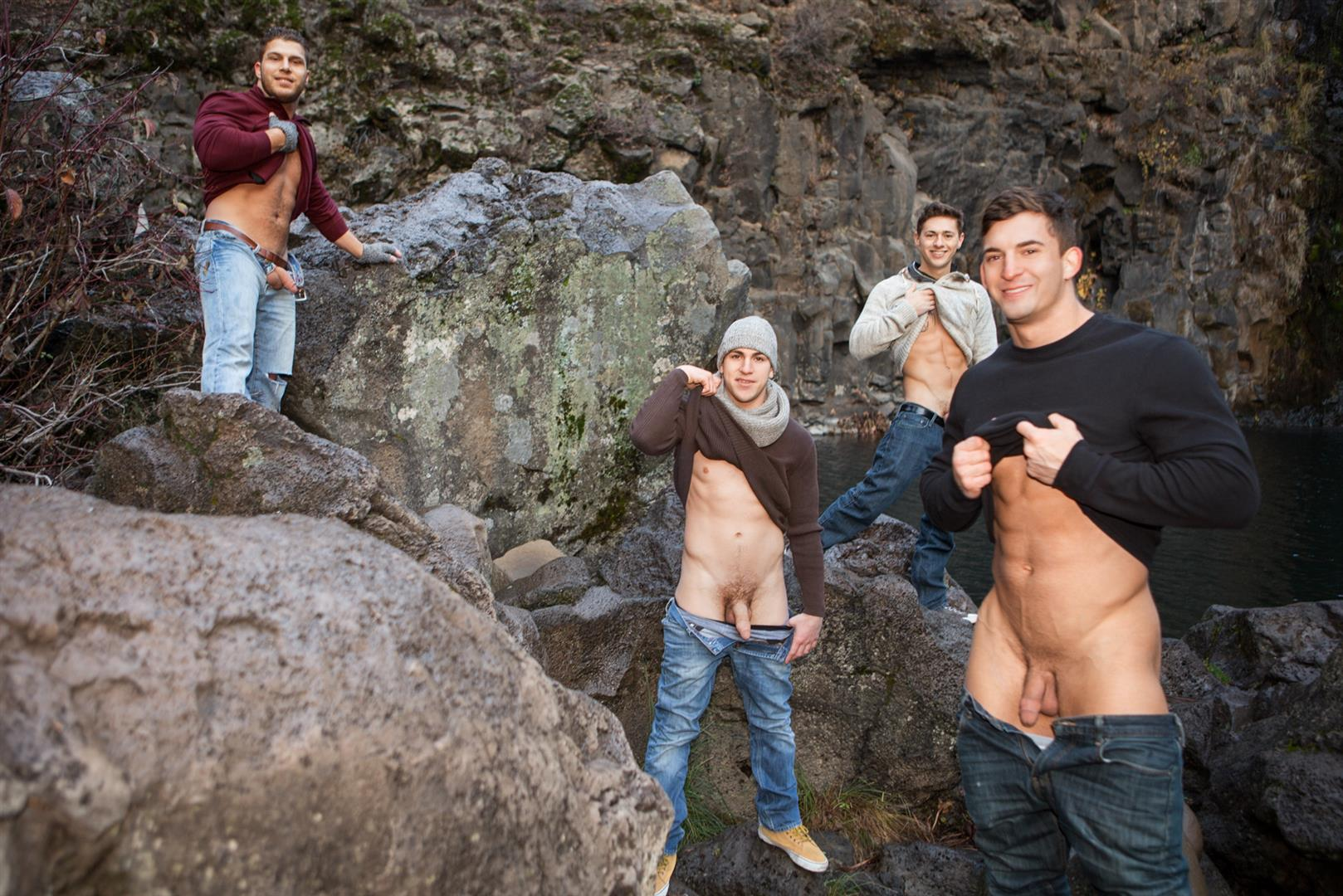 Sean Cody Winter Getaway Day 4 Big Dick Hunks Fucking Bareback Amateur Gay Porn 03 Sean Cody Takes The Boys On A 8 Day Bareback Winter Getaway