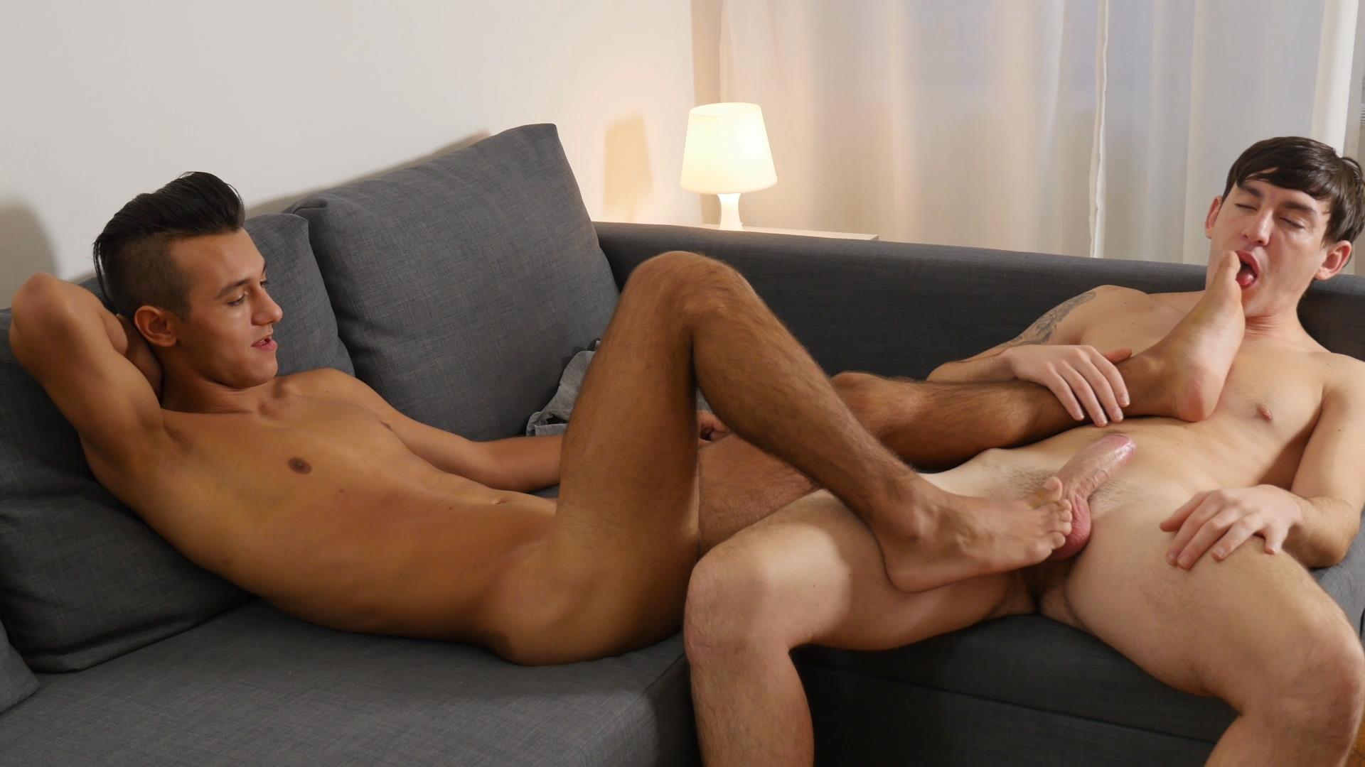 Emo bareback feet gay porn dominic pacifico