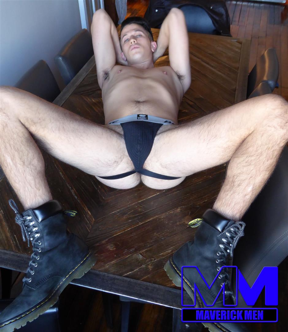 Maverick-Men-Free-Amateur-Bareback-Sex-Video-Big-Cocks-01 Maverick Men Bareback Tag Team A Hot Young Brazilian