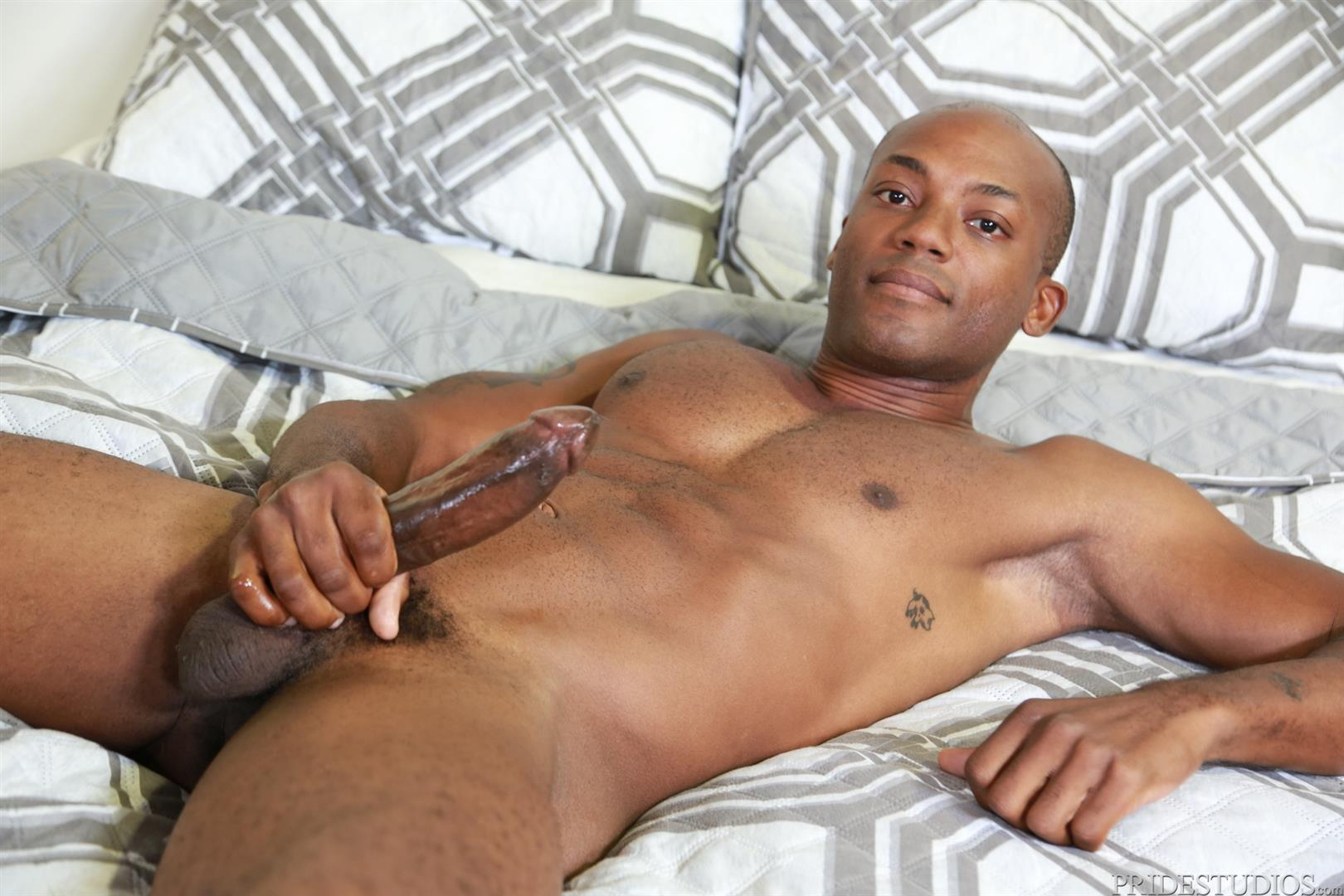 Extra-Big-Dicks-Osiris-Blade-and-Ceasar-Camaro-Big-Black-Cock-Interracial-Gay-Sex-08 White Muscle Hunk Begs For Big Black Cock