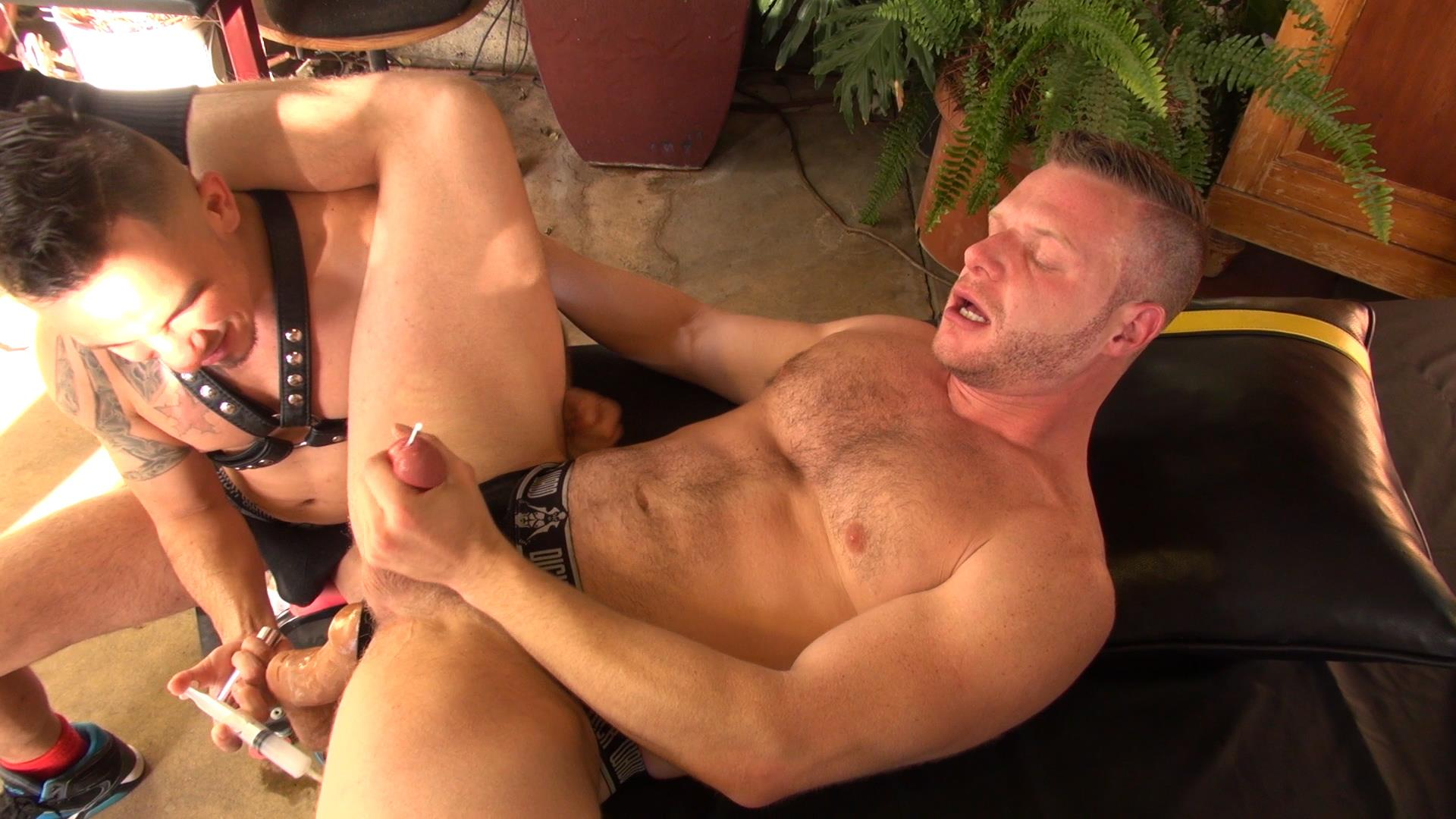 Raw-and-Rough-Brian-Bonds-and-Diego-Tovar-Bareback-Sex-and-Fisting-08 Brian Bonds Gets Fisted!