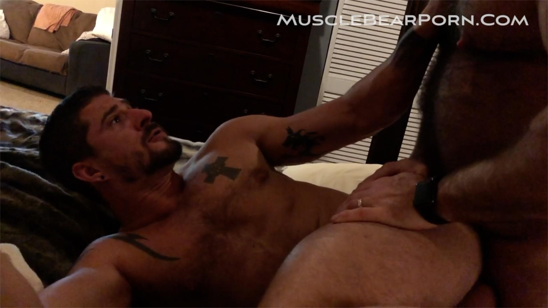 Muscle-Bear-Porn-Sean-Maygers-and-Will-Angell-Bearback-Homemade-Sex-Video-2 Sean Maygers Is Daddy Will Angell's Piss Pig