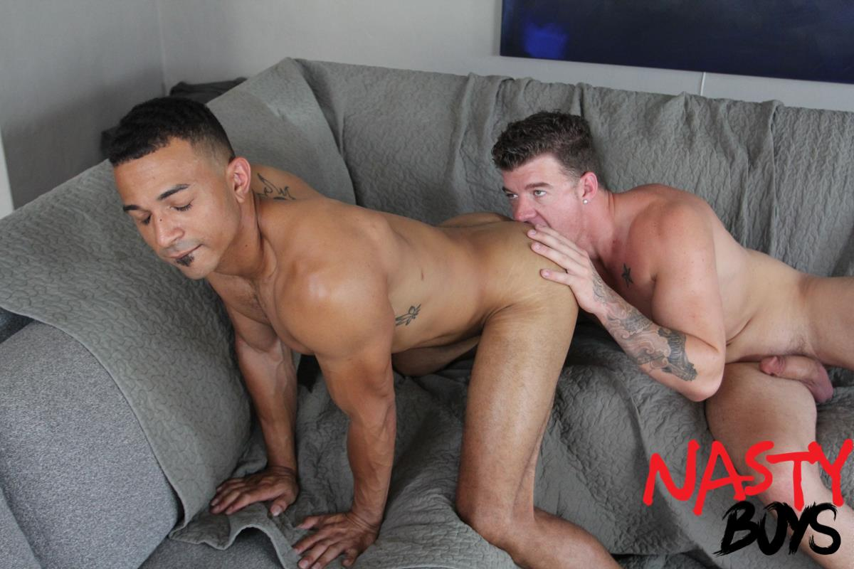 "Nasty-Daddy-JJ-Knight-and-Zario-Travezz-Big-Dick-Daddy-Fucking-Bareback-6 Horse Hung Daddy JJ Knight Breeding Zario Travezz With His 10"" Curved Cock"